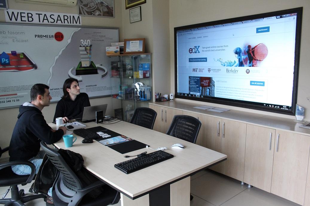 akhisarwebtasarim l yazılım ofisi