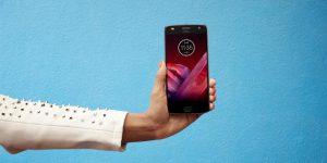 15 Dakikalık Şarjla 8 Saat Kullanım: Motorola Moto Z2 Play