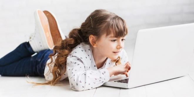 Çocuğunuzu İnternetteki Tehlikelerden Korumak İçin 5 Yöntem