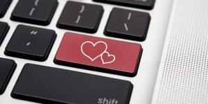 Sosyal Ağlarda Mac Kullanıcıları Daha Flörtöz